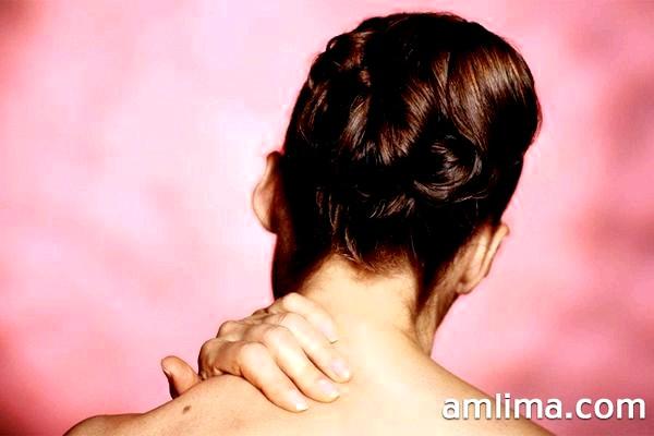 Гімнастика для шиї по Шішоніну - 7 вправ і закріплює масаж