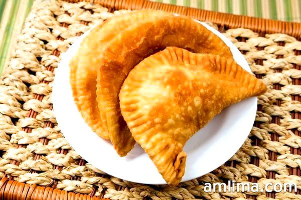 Як приготувати тісто для чебуреків: перевірені рецепти від професіоналів
