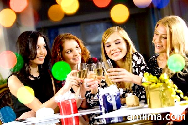 Конкурси на дівич-вечір: 8 затій для веселої вечірки