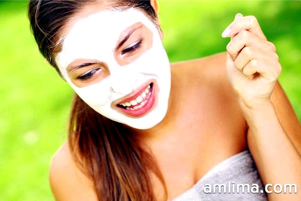 Лікувальні маски для обличчя від прищів в домашніх умовах