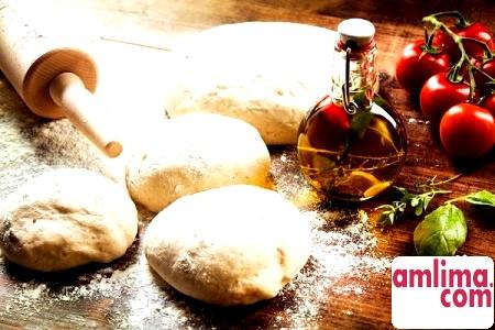 Апетитна піца на кефірі: рецепти приготування