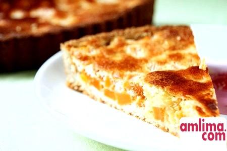 пиріг з яблуками і сиром