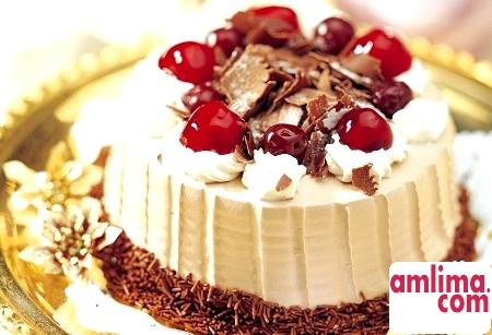 Бісквітний торт зі сметанним кремом: райська насолода