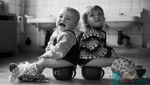 Що робити, якщо дитина боїться сідати на горщик?