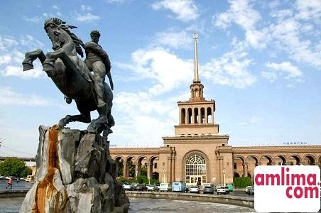 Що можна подивитися у Вірменії?