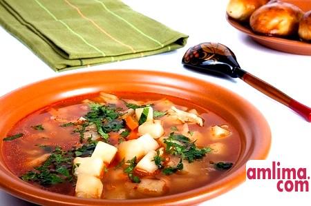 Гороховий суп без м'яса - вчимося смачною економії