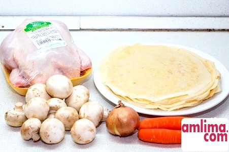 інгредієнти для фаршированої курки млинцями