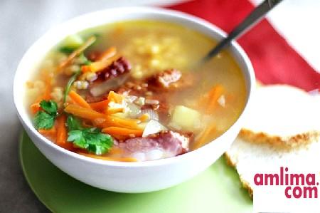 Готуємо смачно: гороховий суп з копченою куркою