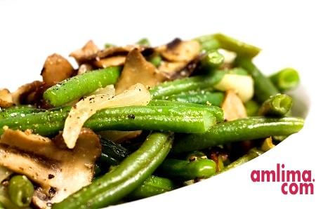 Готуємо здорову їжу: салат із зеленої квасолі