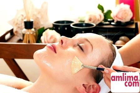 Хімічний пілінг обличчя в домашніх умовах: ви хочете, щоб ваша шкіра сяяла?