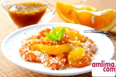 Вишукано: салат з креветками і апельсином