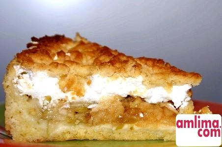 смачний яблучний пиріг з безе