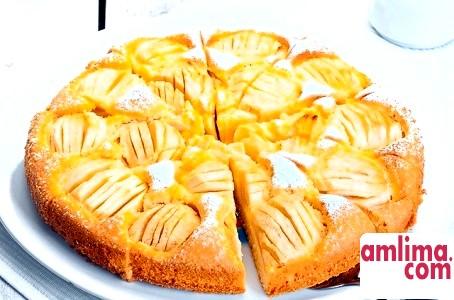банановий пиріг з яблуками