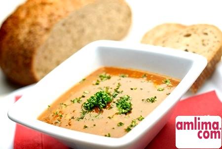 Як швидко приготувати сирний суп: ароматне перше блюдо в мультиварці