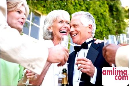 Як відсвяткувати срібне весілля за всіма правилами