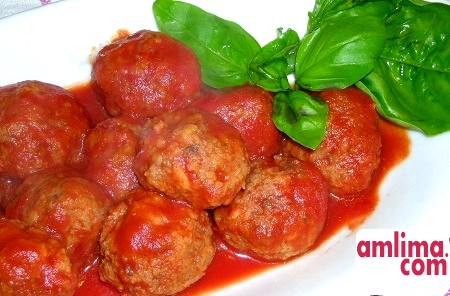 різні рецепти тефтелей в томатному соусі