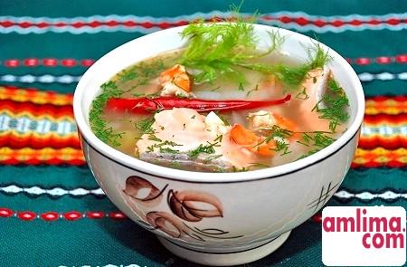 Як зварити рибний суп з консервів? Прості рецепти смачної страви