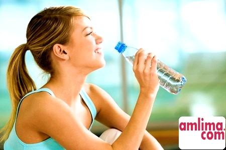 Як пов'язані вода і схуднення?