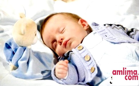 Яку одяг купувати новонародженим?