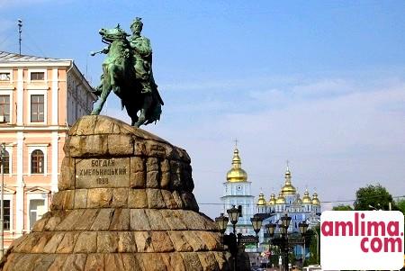 Київ - місто пам'яток