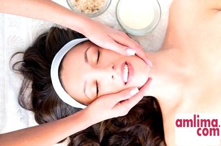 Класичний масаж обличчя - особливості та техніка виконання