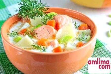 Класичний рецепт юшки з лосося