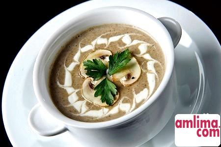 Крем-суп з шампіньйонів: швидко і смачно!