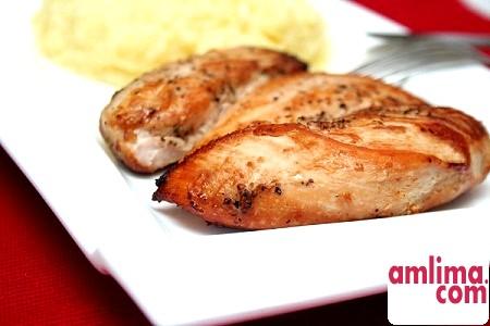 Курячі грудки - рецепт смачного і соковитого м'яса