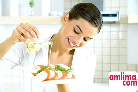 Лляна олія для схуднення, та догляду за тілом і волоссям