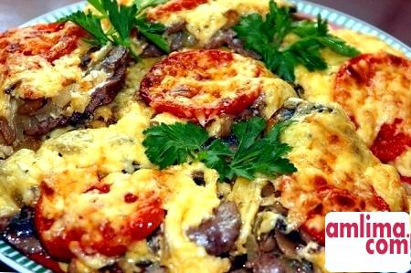 Мамина скарбничка: рецепт м'яса по-французьки з картоплею