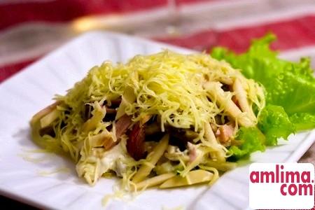 салат з копченої курки