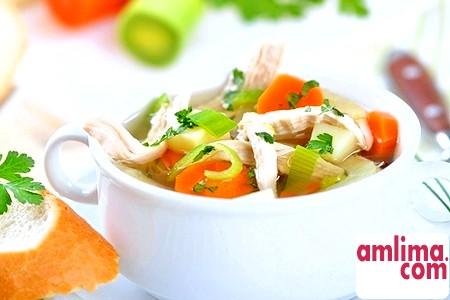 смачний курячий суп