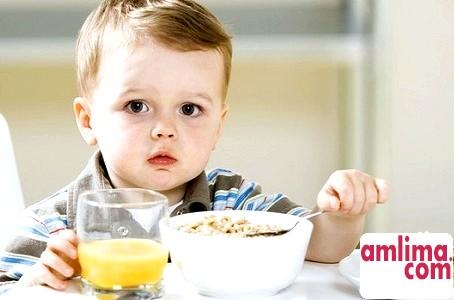 Особливості харчування дітей раннього віку