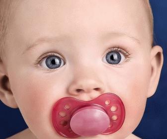 Отучаем дитини від грудей