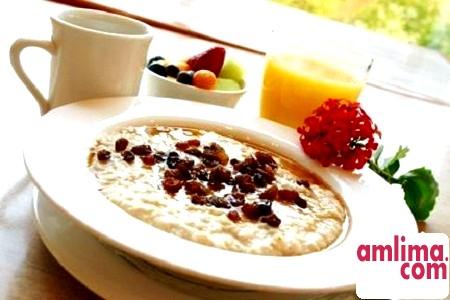 Вівсяна каша на молоці з фруктами та інші смачні рецепти