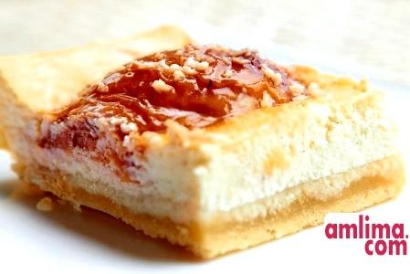 Пиріг з сиром і сметаною - кисломолочне задоволення