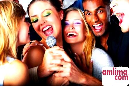 П'ять актуальних образів для вечірки