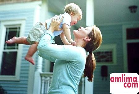Права матері-одиначки: виплати, допомоги та пільги
