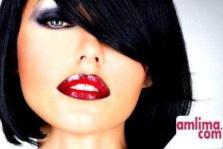 Правильний макіяж для власниць сіро-блакитних очей