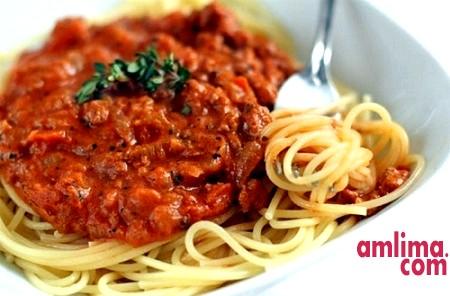 Простий рецепт спагетті з фаршем