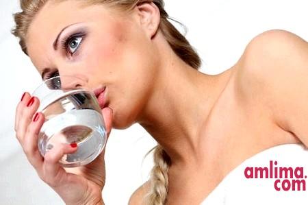 Розвантажувальний день на воді - надійна допомога в схудненні