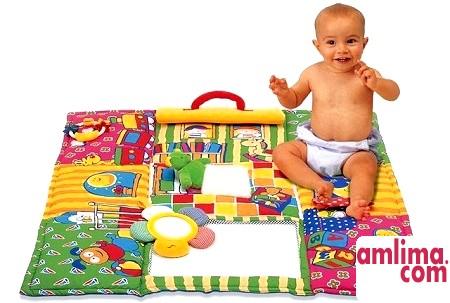 Розвиваючий килимок зшити зможе кожна мама!