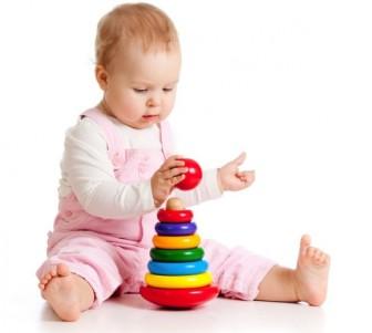 Фото - гри з дитиною в 7 місяців