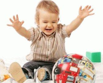 Дитина у віці 1 рік: що вміє дитина?