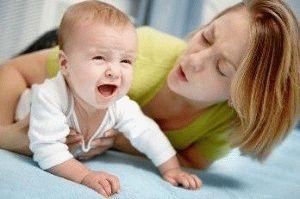 Блювота у немовляти, причини блювоти у грудних дітей, що робити при блювоті
