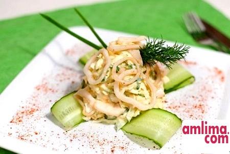 Салат з кальмарів з огірком - почни з простого