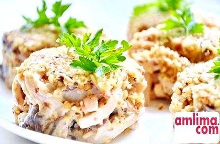 Салат з кальмарів з сиром - рецепт для святкового меню