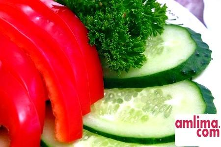 Салат з огірків та яєць на будь-який смак