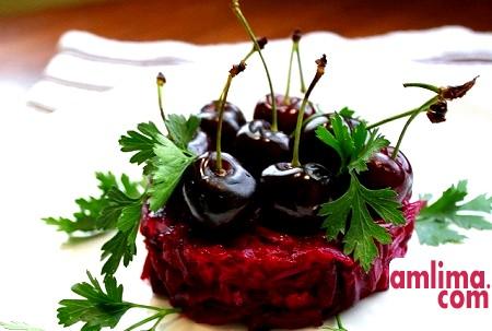 Салат з буряком і чорносливом. Вибираємо рецепт
