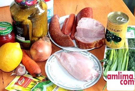 інгредієнти для солянки з ковбасою